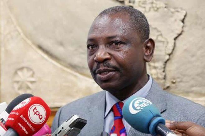 """Remodelação do governo angolano """"não traz soluções"""" – PRS"""
