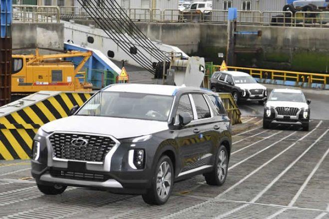 Carros de luxo dados pelo PR da RDC aos 500 deputados está a gerar protestos