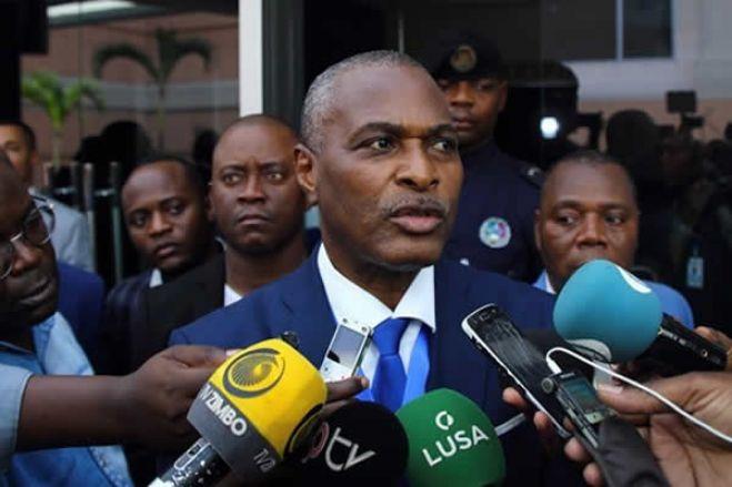 Chivukuvuku defende participação única da oposição contra MPLA nas autárquicas em Angola