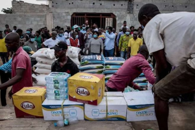 Covid-19: Governo distribui bens, transfere descontos para salários e suspende cortes