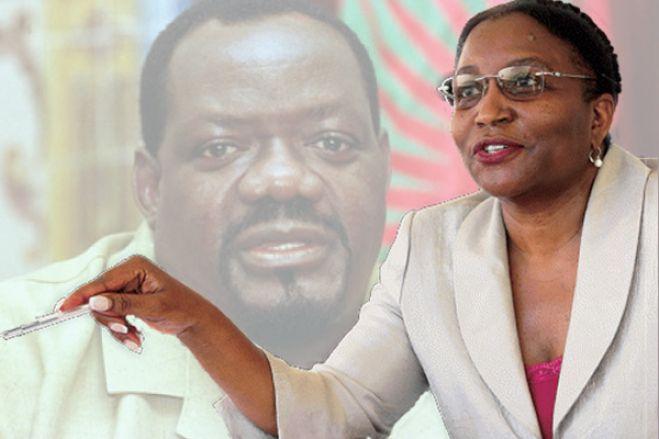 """""""As mulheres do 5º Ano eram alvos preferenciais de Jonas Savimbi"""""""