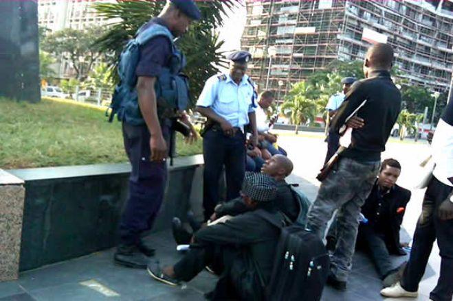 Deputado da UNITA agredido em manifestação em Luanda fala em 40 detidos