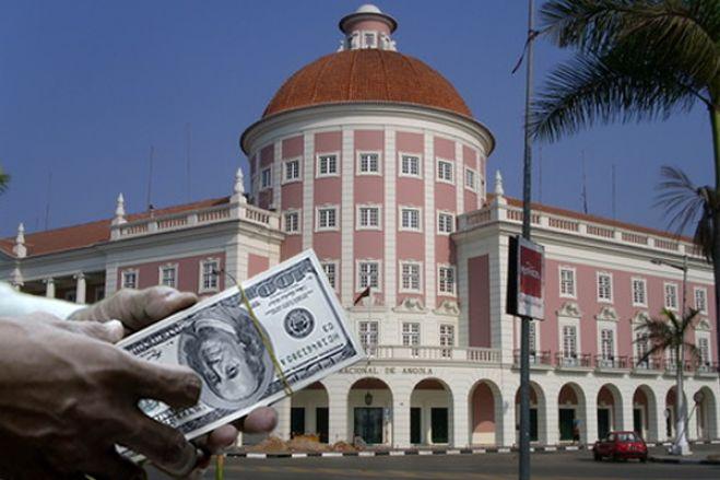 Fim das restrições à movimentação das contas em moeda estrangeira ligado às relações com o FMI