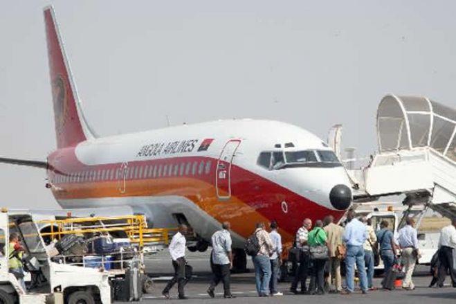 Angola suspende ligações aéreas com Portugal, África do Sul e Brasil a partir de dia 24