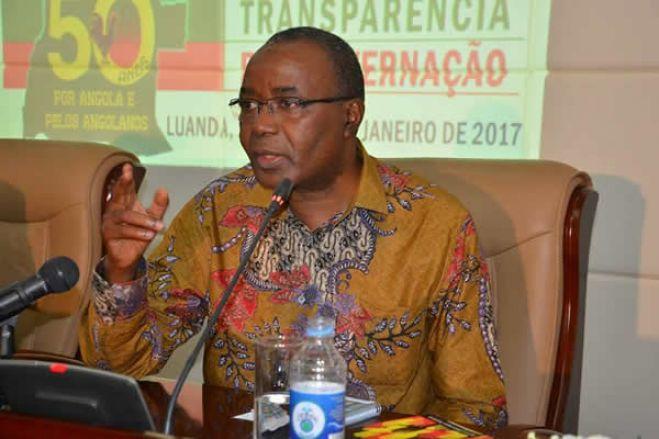 Vejo intelectuais que em defesas das suas damas partidárias acusam ACJ e Chivukuvuku