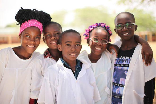 Covid-19: Angola antecipa encerramento do ano letivo devido ao aumento de casos