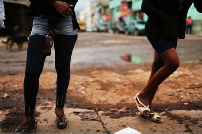 Polícia estoura prostíbulo de menores na zona de Camama em Luanda