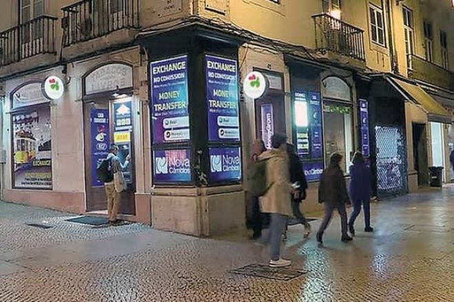 Remessas dos angolanos em Portugal sobem 53,6% em abril