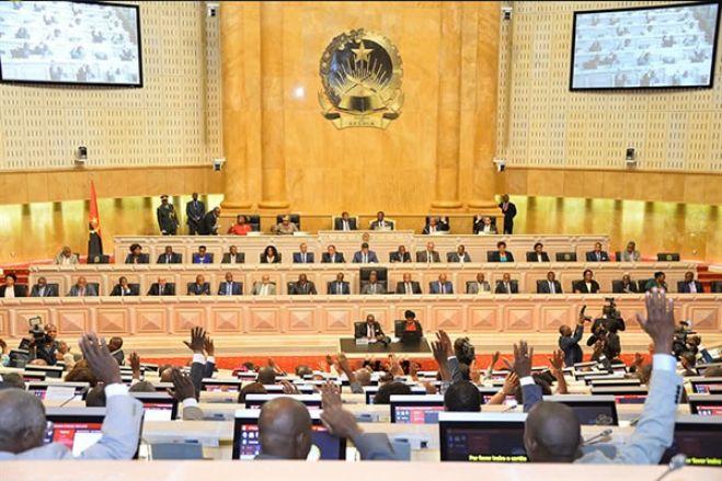 Parlamento angolano debate envio de militares na missão da SADC a Moçambique