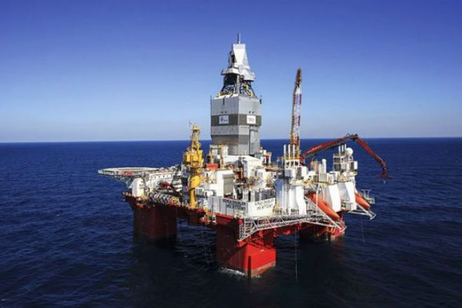 Produção média de petróleo em Angola cai para 1,3 milhões de barris este ano - BFA