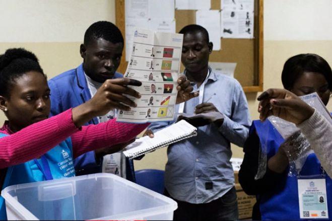 Eleições 2022: Partidos políticos iniciam hoje entrega dos nomes dos fiscais para o registo eleitoral