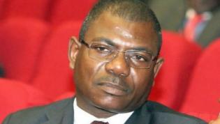 Marcos Barrica exonerado do cargo de embaixador em Portugal