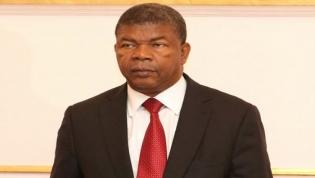 Angola tem mais 30 biliões de dólares de dívida para pagar entre 2019 e 2022