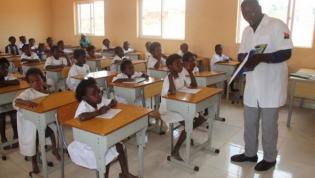 Angola investe quase US$ 874 mil  para formar professores do ensino primário