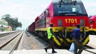 Governo angolano encara privatização dos três caminhos de ferro nacionais
