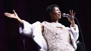 Aretha Franklin, rainha do soul, morre aos 76 anos