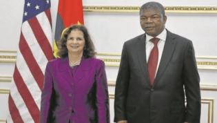 Nova embaixadora dos EUA lembra que regresso dos dólares só depende de Angola