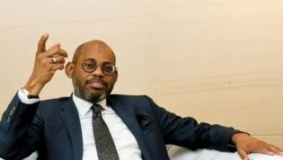 """Governo """"vai reprimir todas as práticas de corrupção""""  - Ministro das Finanças"""