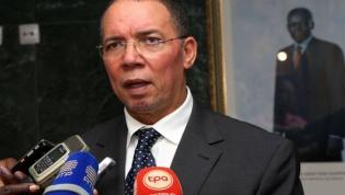 """Governo angolano defende que """"27 de maio"""" deve ser visto """"com sentido de Estado e muita responsabilidade"""""""