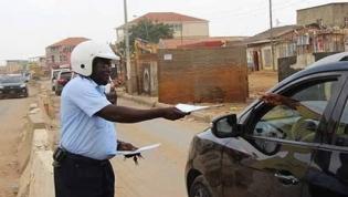 Baixos salários dos funcionários públicos favorecem actos de corrupção