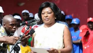 Primeira-dama aponta condições para progresso económico e social