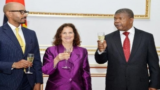 Embaixadora do EUA acredita que o combate à corrupção em Angola vai atrair investimento