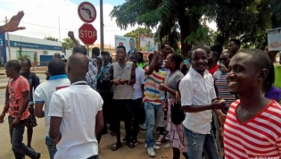 """Angola está num """"nível médio"""" em desenvolvimento social - consultor da OIT"""
