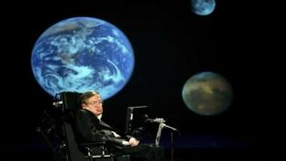 Físico britânico Stephen Hawking morre aos 76 anos