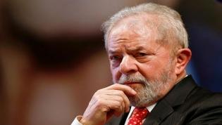 Lula tenta deixar sindicato para se entregar, mas é impedido