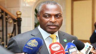 Abel Chivukuvuku apresenta queixa de difamação contra jornalistas