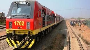 Linha férrea que ligará Luanda ao novo Aeroporto Internacional pronta em Março de 2019