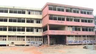 Cidadãos em Luanda recolhem assinaturas para salvar escola Angola e Cuba