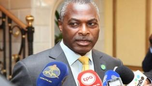 Abel Chivukuvuku diz que coligação angolana está a ser alvo de destruição judicial