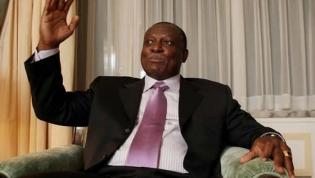 """Manuel Vicente: """"Tenho unicamente nacionalidade angolana"""""""