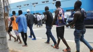 """Polícia Nacional faz oito detenções em Luanda por atividades sexuais """"ofensivas"""""""