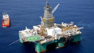 Angola volta aos tempos anteriores à crise e encaixa mais de U$ 1 bilhão com o petróleo em maio