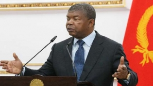 """João Lourenço afirma que investimentos portugueses são """"bem-vindos"""" a Angola"""