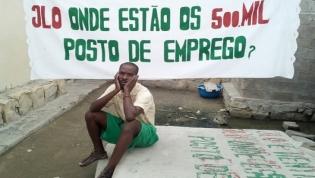 Protesto contra o desemprego sai à rua em sete províncias