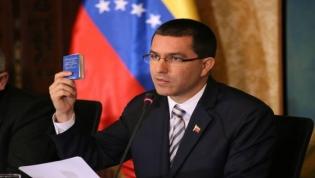Chefe da diplomacia venezuelana vai a Luanda para reforçar cooperação