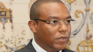 Banco Nacional de Angola dá mais um mês para avaliar atrasos nos pagamentos ao exterior
