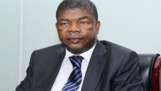 Angola é o país com maior pagamento de dívida face às receitas