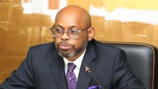 Ministro pede ética aos gestores das finanças públicas