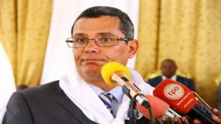 """""""Vamos pôr termo à alta corrupção neste país"""", disse Rui Falcão"""