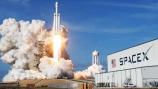SpaceX testa rocket que vai levar astronautas para a Lua em janeiro