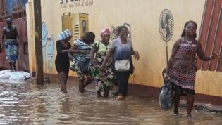Dois mortos e dois desaparecidos em novo dia de chuvas fortes em Luanda