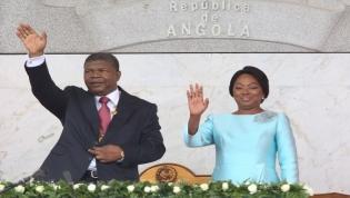 """Oposição quer que repatriamento de capitais comece pelo """"casal presidencial"""""""
