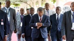 Apenas três chefes de Estado na mini-cimeira de Luanda