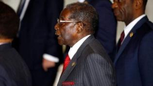 Mugabe chamado a depor sobre pilhagens de diamantes durante o seu governo