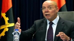 """Ministro da Justiça  considera """"processo normal"""" detenções de ex-governante"""