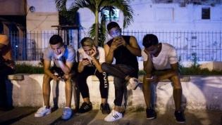 Tempo dos jovens online pode influenciar desenvolvimento de sintomas de déficit de atenção